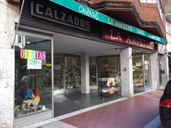 Calzados Lafer – Avda. de Segovia, 12